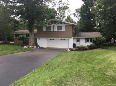 4746 Boncrest Drive West, Clarence, NY 14221