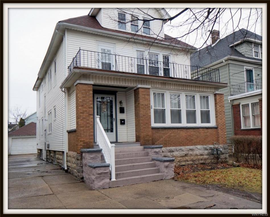 30 Traymore St, Buffalo, NY 14216