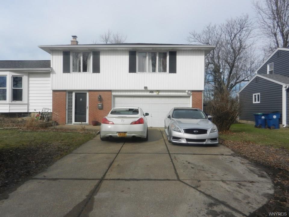146 Foxcroft Lane, Amherst, NY 14221