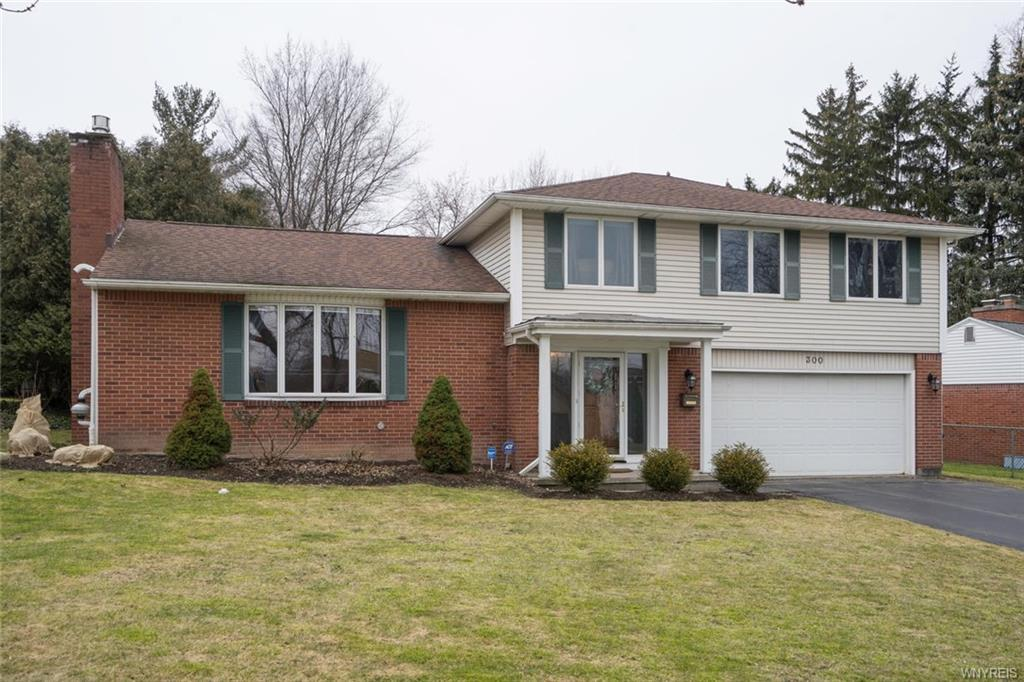 300 Lakewood Parkway, Amherst, NY 14226