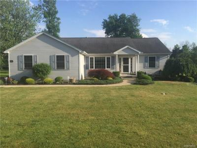 Photo of 9285 Greiner Road, Clarence, NY 14031