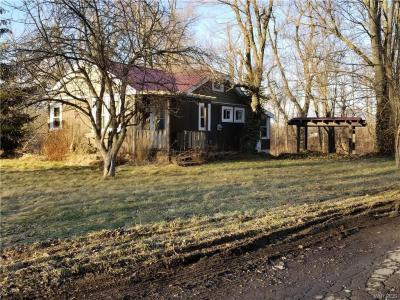 Photo of 8210 Tonawanda Creek Road, Clarence, NY 14051