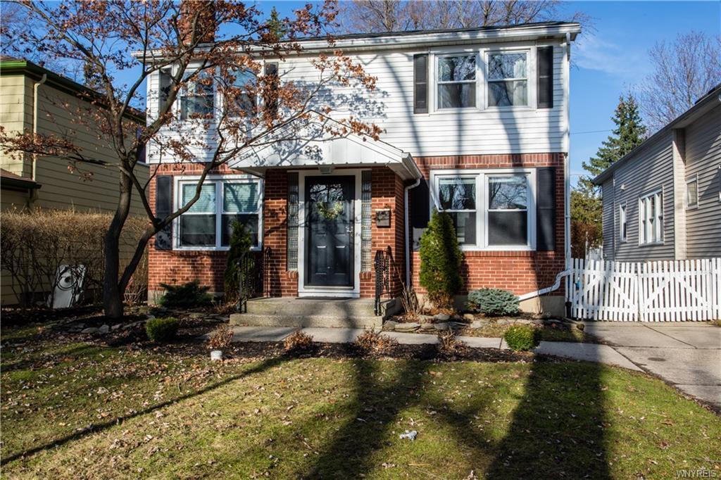33 Morton Drive, Amherst, NY 14226