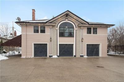 Photo of 100 Lincoln Parkway #Carriage House, Buffalo, NY 14222