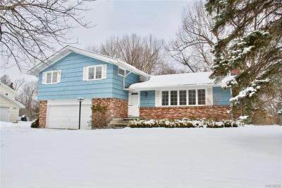 Photo of 8644 Rebecca Drive, Clarence, NY 14221