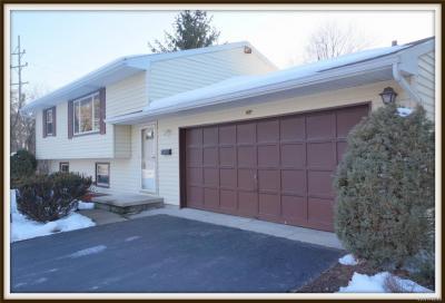 Photo of 4120 Heather Drive, Clarence, NY 14221
