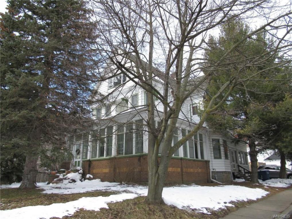 164 Indian Church Road, Buffalo, NY 14210