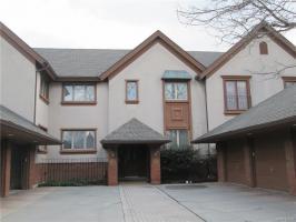 182 Castlebrook Lane, Amherst, NY 14221