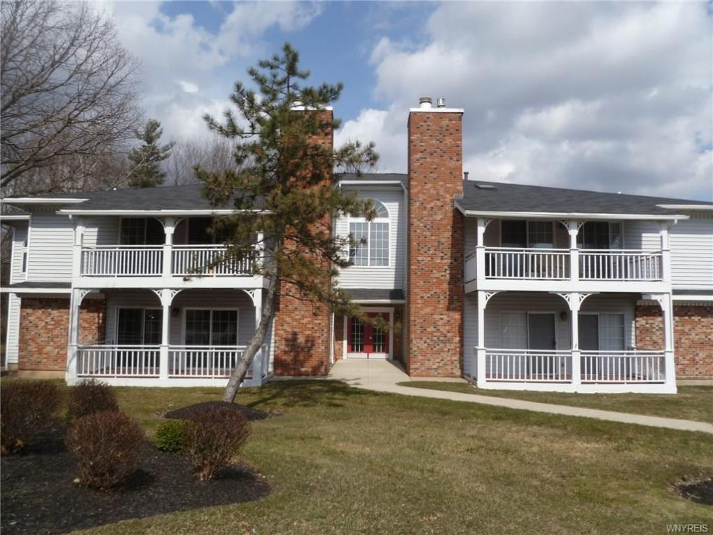 1075 Youngs Road #D, Amherst, NY 14221