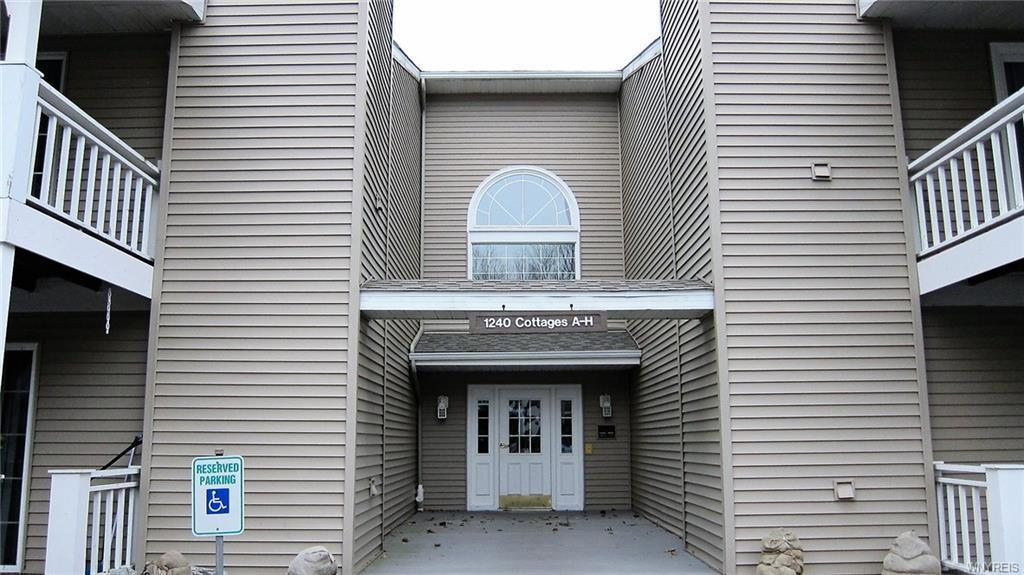 1240 Youngs Road #B, Amherst, NY 14221