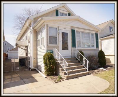 Photo of 100 Henrietta Avenue, Buffalo, NY 14207