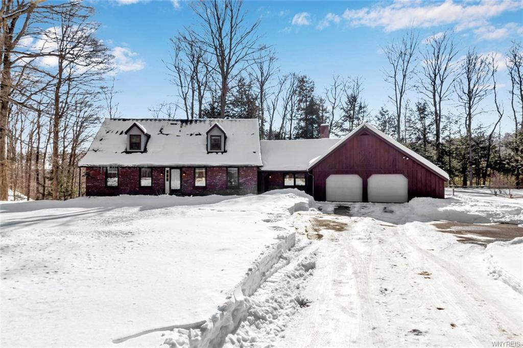 7288 Hayes Hollow Road,