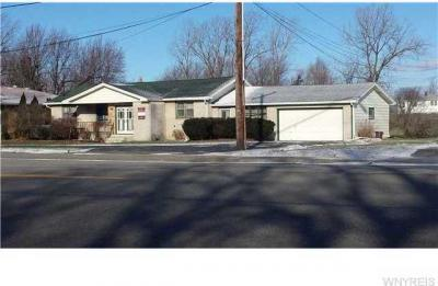 Photo of 1020 French Rd, Cheektowaga, NY 14227