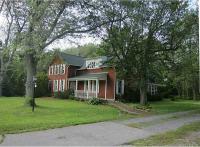 580 Pleasant View Dr, Lancaster, NY 14086