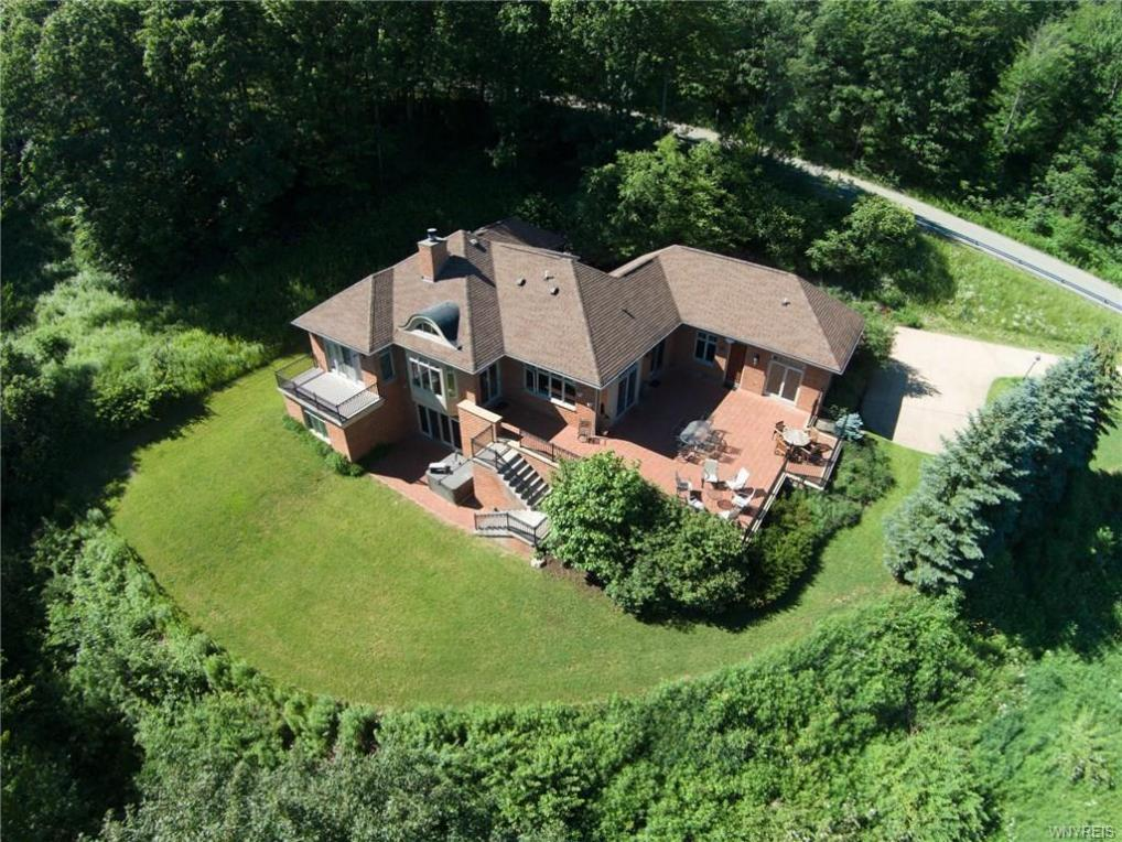 6659 Deer Crossing Road, Ellicottville, NY 14731