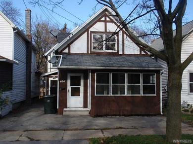 404 Schenck St, North Tonawanda, NY 14120