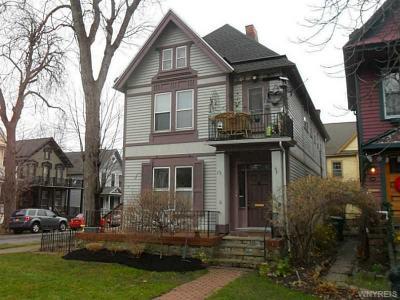 Photo of 2 Arlington Pl, Buffalo, NY 14201