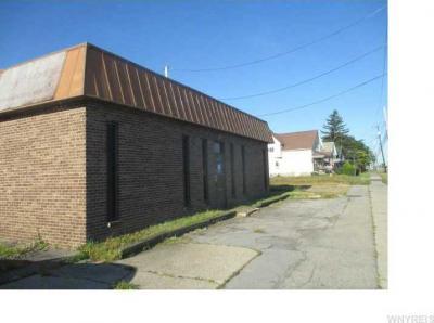 Photo of 2307 Broadway St, Cheektowaga, NY 14212