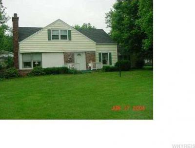Photo of 809 Hillside Dr, Lewiston, NY 14092