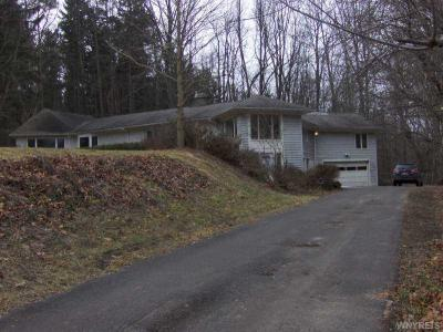 Photo of 92 Fishers Rd, Victor, NY 14534