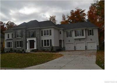Photo of 5057 Shale Bluff Ct, Clarence, NY 14031