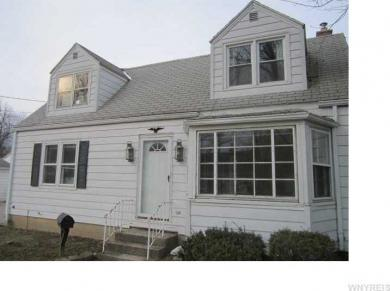 76 Edward St, Amherst, NY 14221