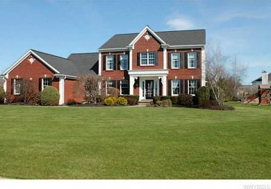 8602 Lakemont Dr, Clarence, NY 14051