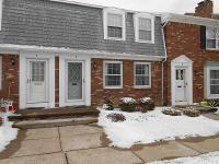 25 Oakbrook Drive #F, Amherst, NY 14221