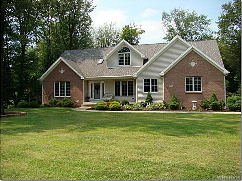 8936 Carriage Crossing, Eden, NY 14057