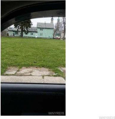 Photo of 810 William St, Buffalo, NY 14206