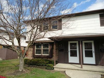 Photo of 5 Villa Park #Left, Cheektowaga, NY 14227