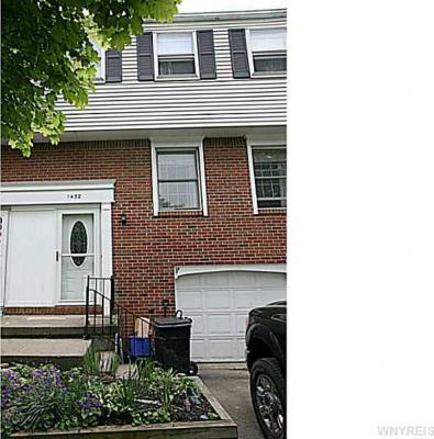 Photo of 1432 Independence Drive, Evans, NY 14047