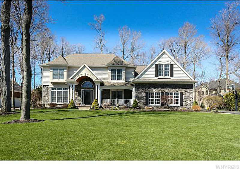 9736 Stonecliff Court, Clarence, NY 14031