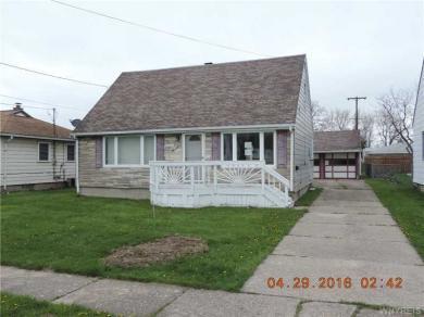 922 Sherwood Ct, Lancaster, NY 14043