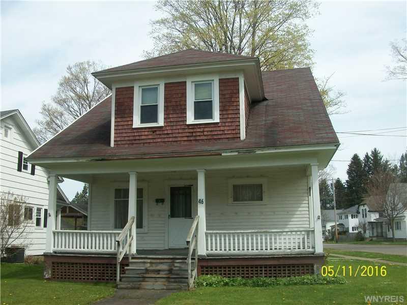 46 Chestnut Street, Franklinville, NY 14737