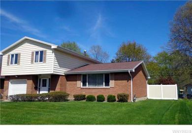 65 Reynolds Rd, West Seneca, NY 14224