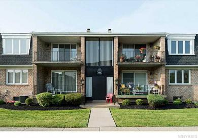 1419 North Forest Rd #7, Amherst, NY 14221