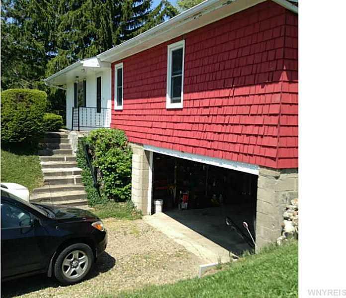 352 Nordblum Road, Brant, NY 14081