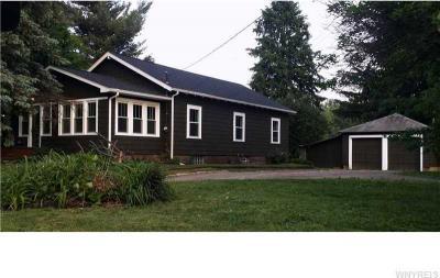 Photo of 431 Quaker Rd, Aurora, NY 14052