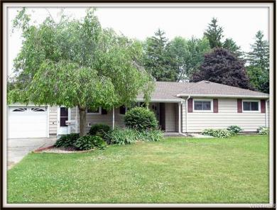 4145 Trailing Dr, Clarence, NY 14221