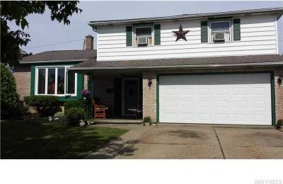 Photo of 21 West Cavalier Dr, Cheektowaga, NY 14227