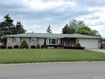 Photo of 11 Brookedge Rd, Cheektowaga, NY 14043