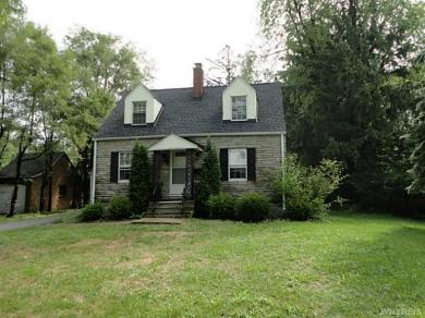 50 Royal Parkway West, Amherst, NY 14221
