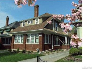 27 Larchmont Rd, Buffalo, NY 14214