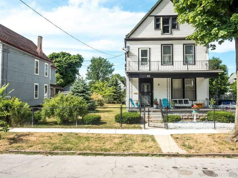 30 Edna Pl, Buffalo, NY 14209