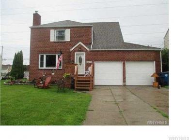 204 Ridgewood Drive, Amherst, NY 14226