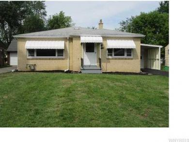 40 Hillside Dr, Amherst, NY 14221