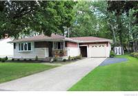 315 Iroquois Ave, Lancaster, NY 14086