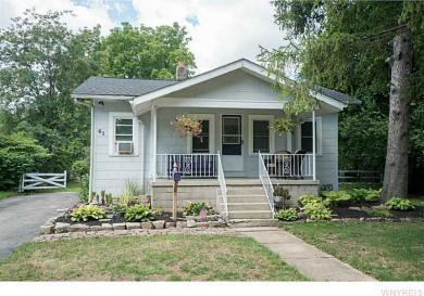 61 Richfield Rd, Amherst, NY 14221