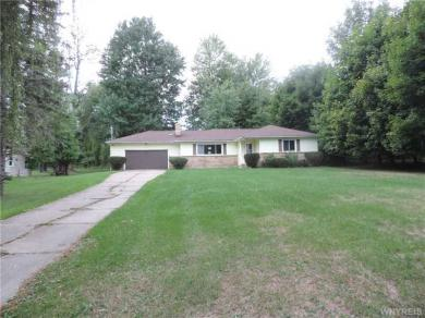 5486 Shimerville Rd, Clarence, NY 14031